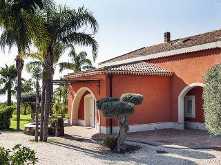 Perfect 5 bedroom Villa in Santa Tecla di Acireale - Santa Tecla di Acireale vacation rentals