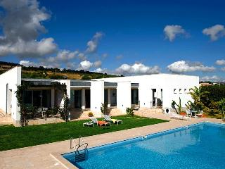 Villa Trapani, Sleeps 8 - Trapani vacation rentals