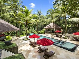 Villa The Sanctuary Bali, Sleeps 16 - Buwit vacation rentals