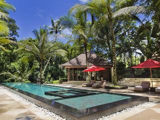 Villa The Sanctuary Bali, Sleeps 36 - Buwit vacation rentals