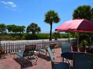 Beach View Suite / Beach Tree Suite - Siesta Key vacation rentals