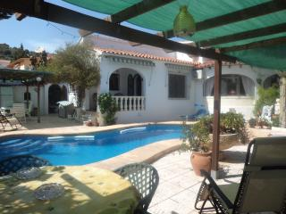 Calpe own pool  wifi  air con  UK TV sleeps 6 - Calpe vacation rentals