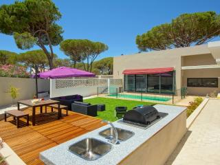 Holiday Villa close to Vilamoura - Quarteira vacation rentals
