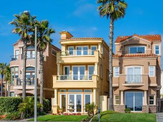 Huntington Beach Oceanfront, Sleeps 6 - Huntington Beach vacation rentals