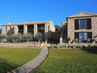 Mas de Gordes, Sleeps 12 - Gordes vacation rentals