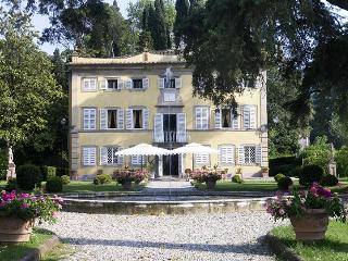 Villa Lenka, Sleeps 14 - Capannori vacation rentals