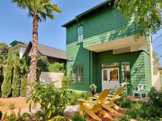 Venice Beach Retreat, Sleeps 6 - Venice Beach vacation rentals