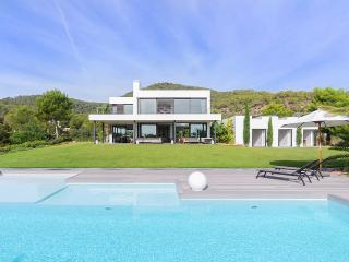 Villa Caleta, Sleeps 8 - San Jose vacation rentals