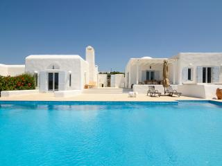 Villa Bueno, Sleeps 10 - Aliki vacation rentals