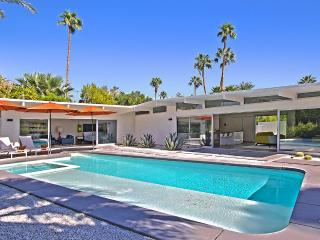 Convenient Villa with Internet Access and Television - Palm Springs vacation rentals