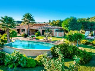 Bright 3 bedroom Villa in Castelvetrano - Castelvetrano vacation rentals