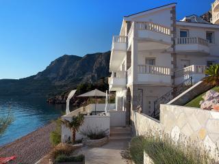 Villa Makarska, Sleeps 10 - Drasnice vacation rentals