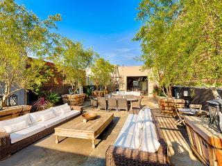 Cozy Villa with Internet Access and Hot Tub - Venice Beach vacation rentals