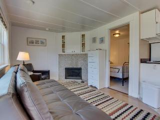 Colorful, dog-friendly cottage near beach & downtown await! - Cannon Beach vacation rentals
