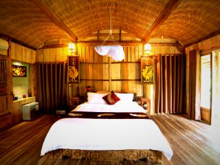 TONKIN BUNGALOW PRIVATE ROOM 2, An Bang beach, - Hoi An vacation rentals