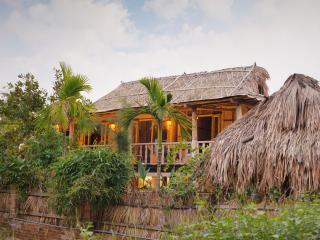 TONKIN BUNGALOW, An Bang Beach, Hoi An, Vietnam. - Hoi An vacation rentals