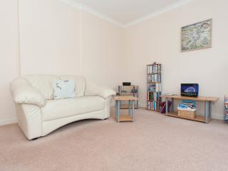 Up-Market Central Apartment with Parking - Edinburgh vacation rentals