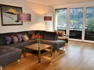 Cozy 3 bedroom Apartment in Schladming with Internet Access - Schladming vacation rentals