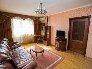 Apartment on Osenniy blvd. 6 (32) - Moscow vacation rentals