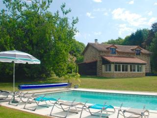 Nice 3 bedroom Barn in La Chapelle Montbrandeix - La Chapelle Montbrandeix vacation rentals