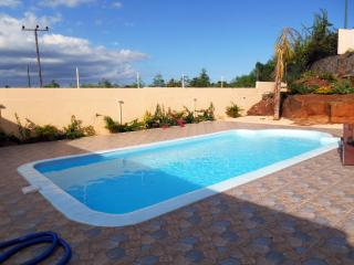 VILLA NEUVE DANS RESIDENCE DE STANDING - Pointe Aux Piments vacation rentals