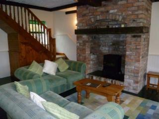 Ardnagashel Holiday Cottage (Type C) - 2 Bed - Ardnatrush vacation rentals
