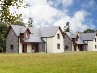 Ardnagashel Woods Holiday Homes, Ardnagashel, - Ardnatrush vacation rentals