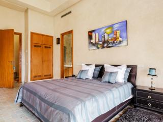 Luxurious traditional villa in private estate - Had Abdallah Rhiat vacation rentals