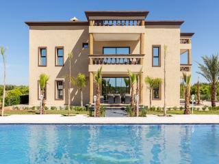 Spacious 8-bedroom villa in a guest farm - Marrakech vacation rentals