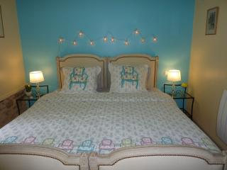 1 bedroom Bed and Breakfast with Internet Access in Penne - Penne vacation rentals