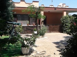 Piccola Oasi-Accogliente casa in campagna - Noci vacation rentals