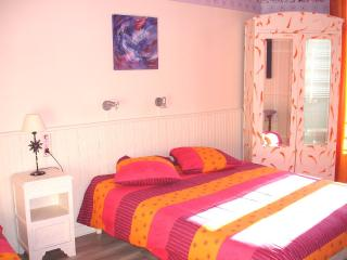 Bright 1 bedroom Apartment in La Bourboule with Internet Access - La Bourboule vacation rentals
