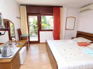 SUBIAK Double Room with External Bathroom 6 - Rovinj vacation rentals