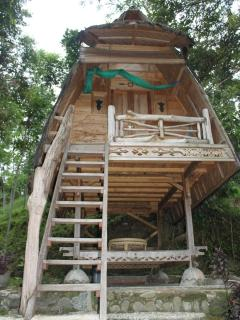 On The Rocks Bungalow and Restaurant - Bukit Lawang vacation rentals