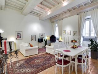 STUNNING NAVONA - Rome vacation rentals