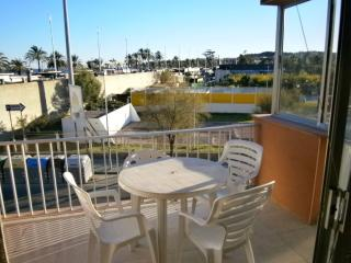 Nice 2 bedroom Apartment in La Pineda - La Pineda vacation rentals