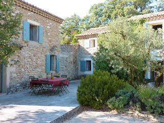 Montsegur-s/Lauzon, Drôme provençale, Authentic country house 13p. with charme - Montségur-sur-Lauzon vacation rentals