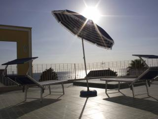 Romantic 1 bedroom House in Santa Maria al Bagno - Santa Maria al Bagno vacation rentals
