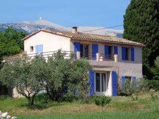 Maison de vacances au pied du Ventoux - Mormoiron vacation rentals