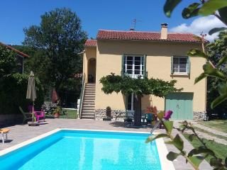 Gorgeous 4 bedroom Villa in Fuilla with Internet Access - Fuilla vacation rentals