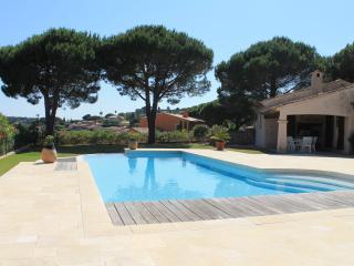 Maison avec vue mer et piscine F223 - Var vacation rentals