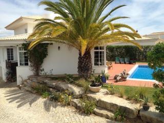 Beautiful Family Villa in the Algarve, Portugal. - Vale do Garrao vacation rentals
