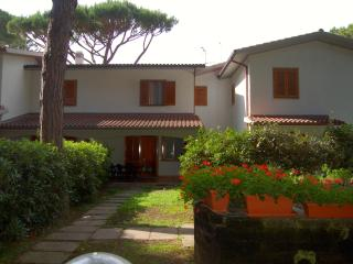 3 bedroom Villa with Short Breaks Allowed in Principina a Mare - Principina a Mare vacation rentals