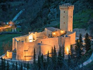 rooms in a castle near to Assisi 805 - Assisi vacation rentals