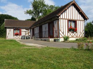 LE CINQUANTE-DEUX - Brionne vacation rentals