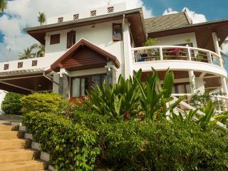 SH1: 3 bedroom private villa with sea views - Surat Thani vacation rentals