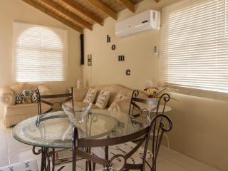 Bright 2 bedroom House in Montego Bay - Montego Bay vacation rentals