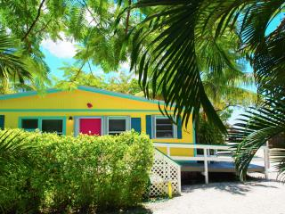 King's Crown - Family Garden Cottage - Marathon vacation rentals