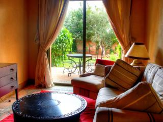Cozy 2 bedroom Apartment in Palmeraie with Internet Access - Palmeraie vacation rentals
