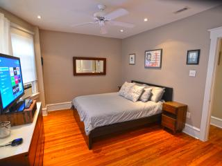 Sunny Modern Apartment in Downtown Ocean City - Ocean City vacation rentals